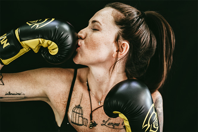 woman with boxing gloves